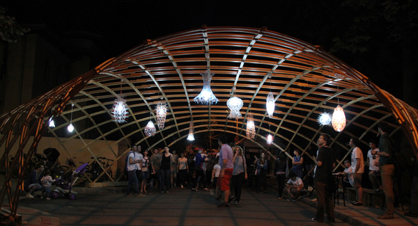 pavilion gridshell - street delivery iasi