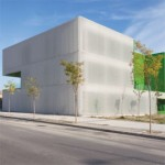 Dosmasuno arquitectos: Împachetare translucida - Centrul de servicii sociale in Mostoles, Madrid