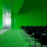 Dosmasuno arquitectos: Împachetare translucida- Centrul de servicii sociale in Mostoles, Madrid