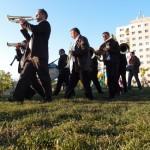 La Terenuri. Spatiu comun în Manastur Cluj: sau cum sa ne reapropriem spatiul dintre blocuri