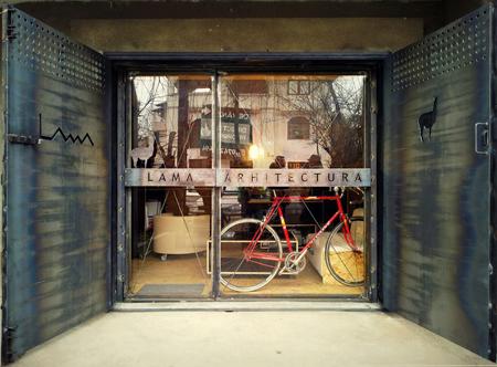 Lama Arhitectura - Garage band