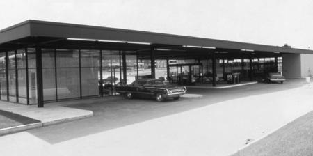 Mies van der Rohe gas station