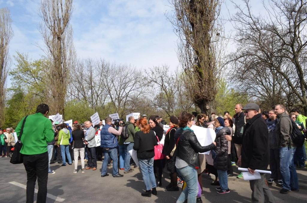 Grupul de initiativa civica floreasca - protest 2 aprilie