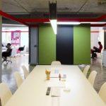 Articolul săptămânii: Mutații. Carlos Arroyo Architects: 2 sedii pentru Erretres, The Strategic Design Company, Madrid