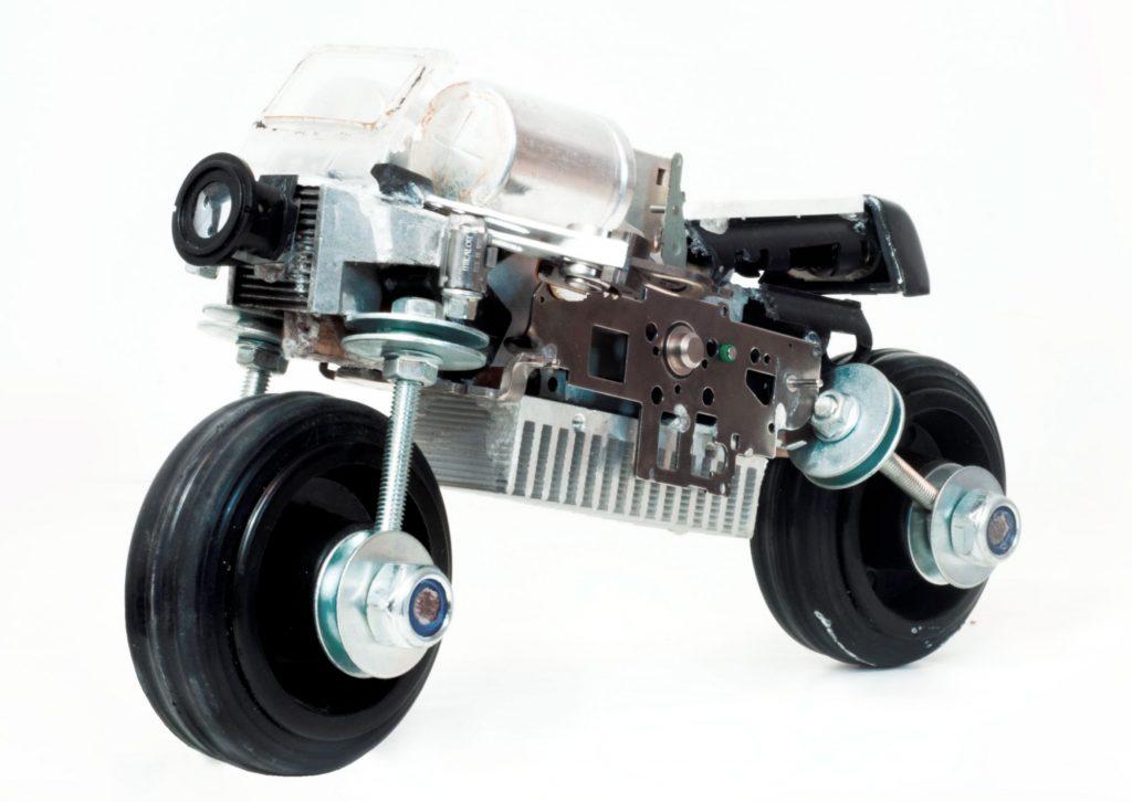 trnsfrm-motocicleta-concept_sofia-baronceajustin-baroncea