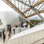 Articolul săptămânii: Like, unlike. Frank Gehry la Paris