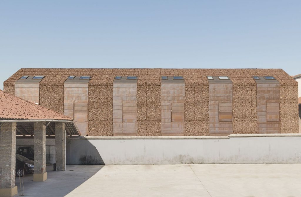 row-of-six-houses-in-a-barn-rsimone-bossi