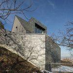 Articolul săptămânii: Casa cu panoramă. Attila Kim: Recuperarea memoriei unei case vechi