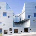 Articolul săptămânii: Școala poroasă. Steven Holl Architects: Clădirea pentru arte vizuale, Universitatea din Iowa