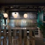 Articolul săptămânii: Un salon urban. Beer-bar Mikkeller, București
