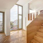 Articolul săptămânii: O casă care se mișcă pe verticală. ADN BA: Imobil de locuințe, strada Occidentului, București