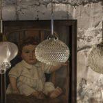 Articolul săptămânii: Joaca cu timpul. Laura Paraschiv - Circa 1703–3701 & Mà Bistro