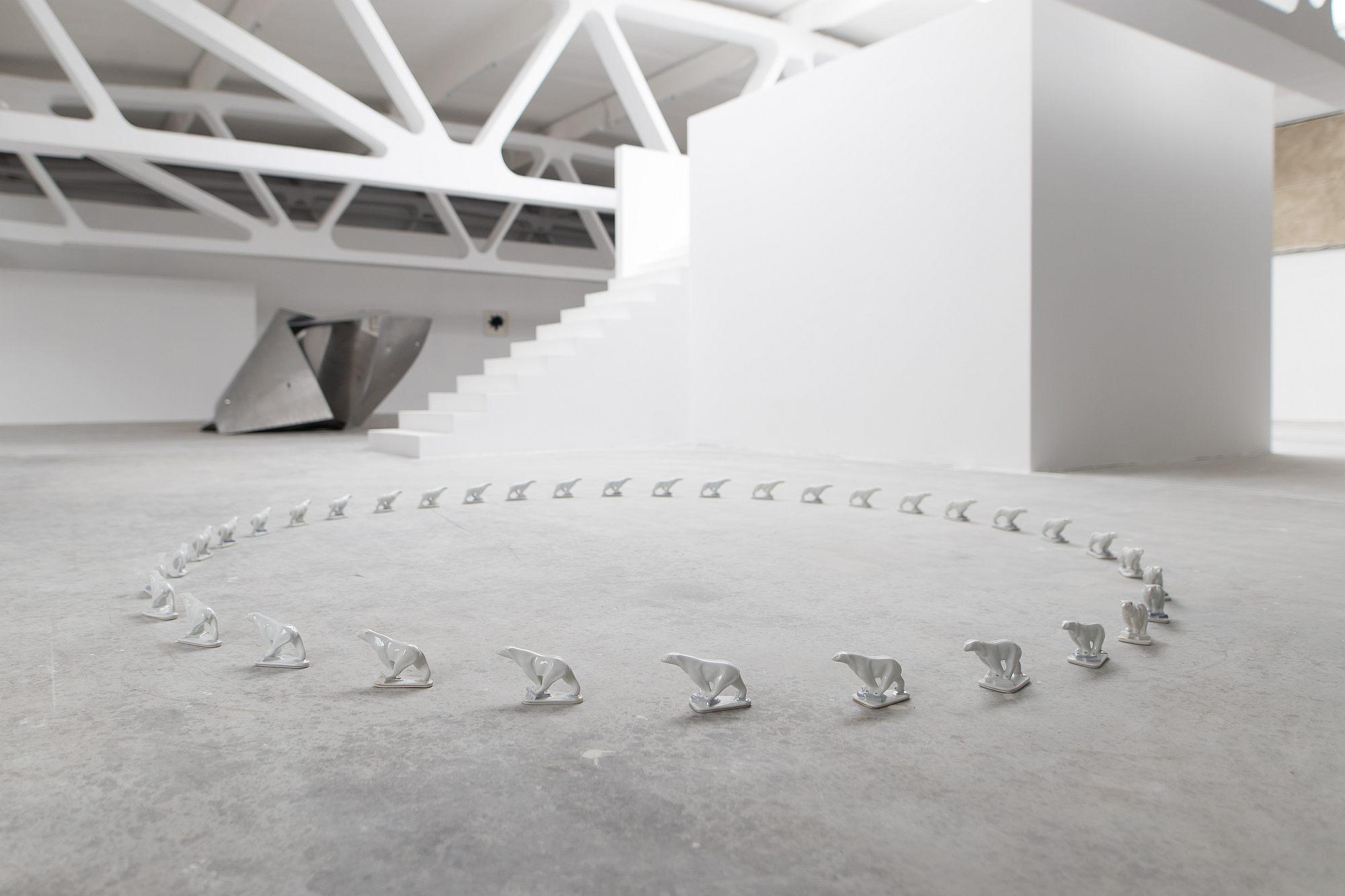 07_A_Kunsthalle Bega – Sensul sculpturii 01