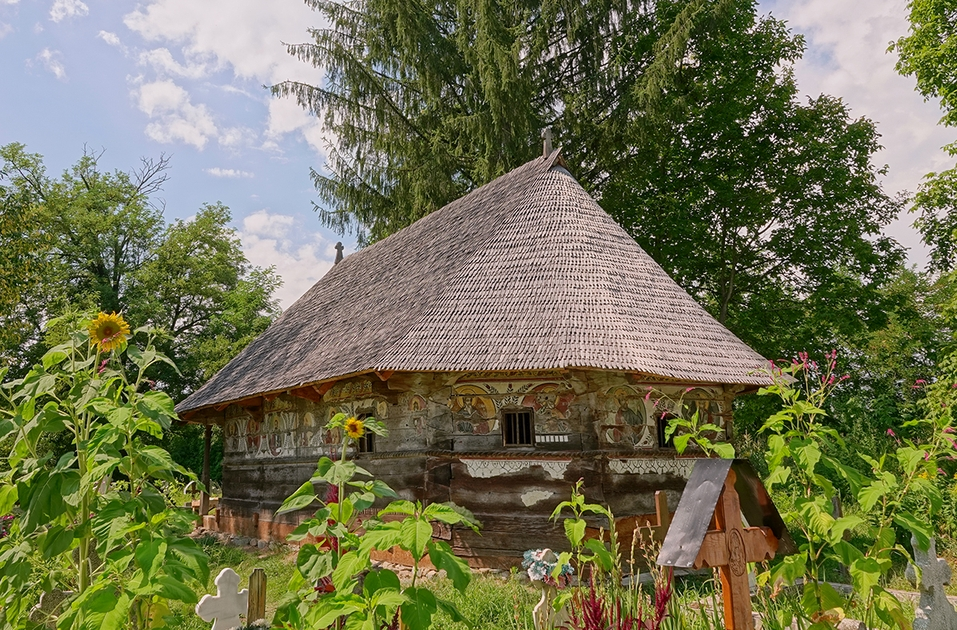 Biserica de Lemn de la Ursi restaurata 1